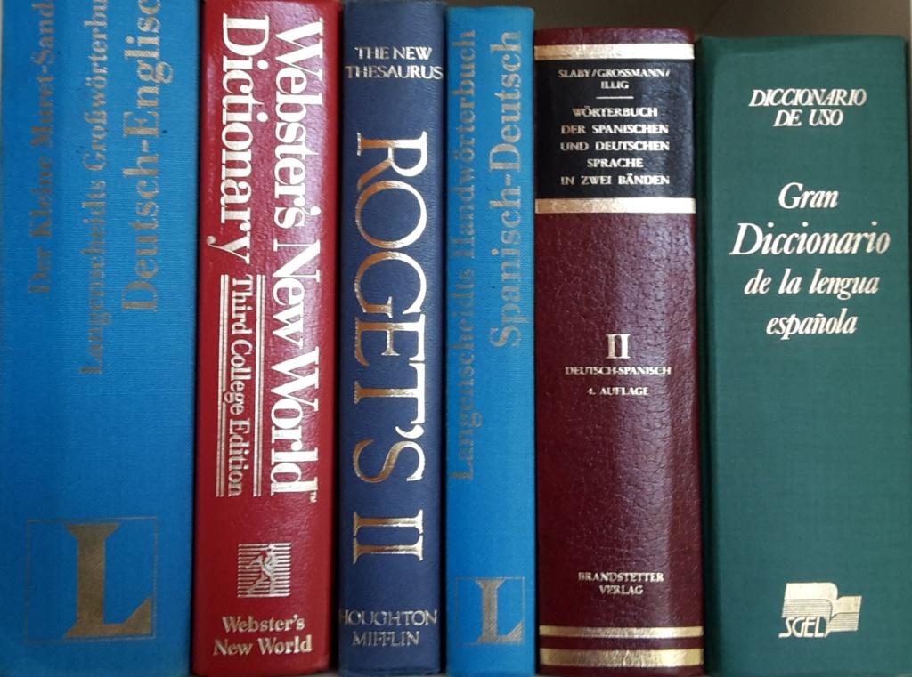cropped-Bücher-bearbeitet.jpg